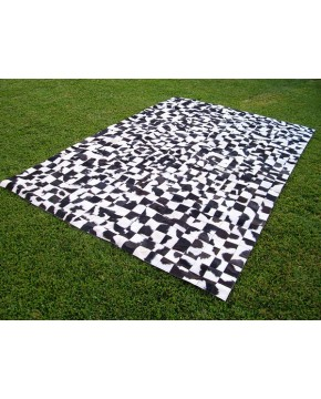 Small Squares Patchwork Cowhide Rug 517