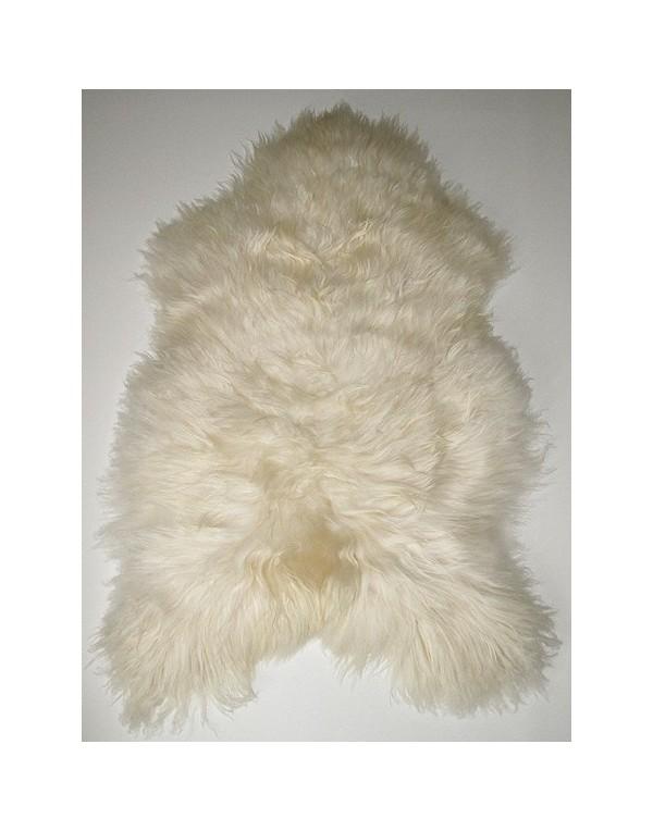 Creamy White Icelandic Sheepskin Rug 0117